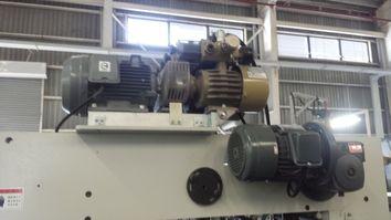 Máy bơm hút chân không ORION được sử dụng tại nhà máy sản xuất gỗ, bìa carton